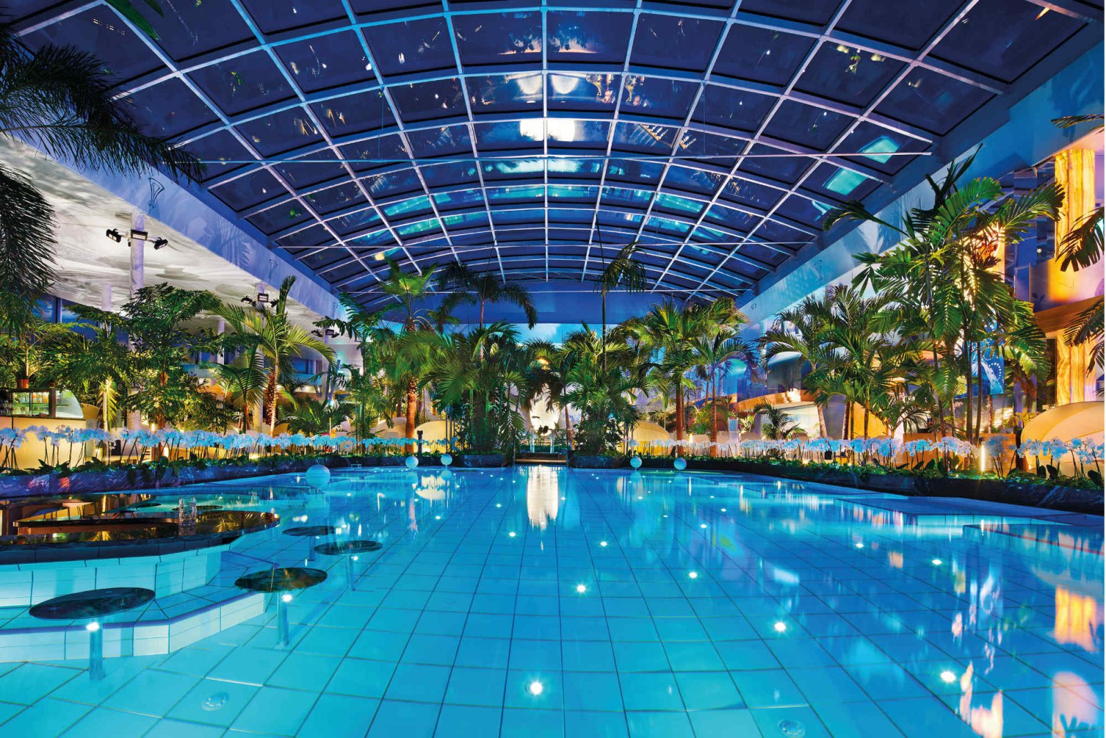 7 Tropical Swimming Pools In Germany That Are Out Of This World