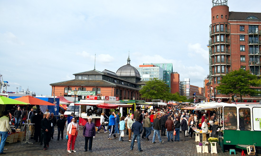 fish-market-in-hamburg_1.jpg