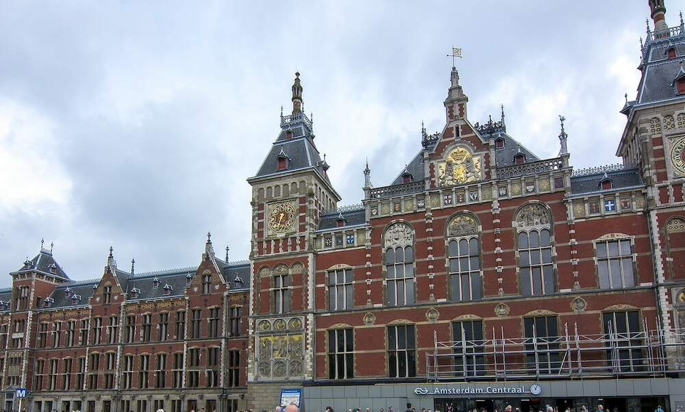 Improved train services to run between Berlin and Amsterdam