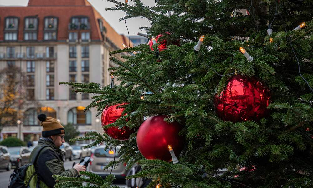 Berlin to tighten lockdown before Christmas: Shops and schools closed