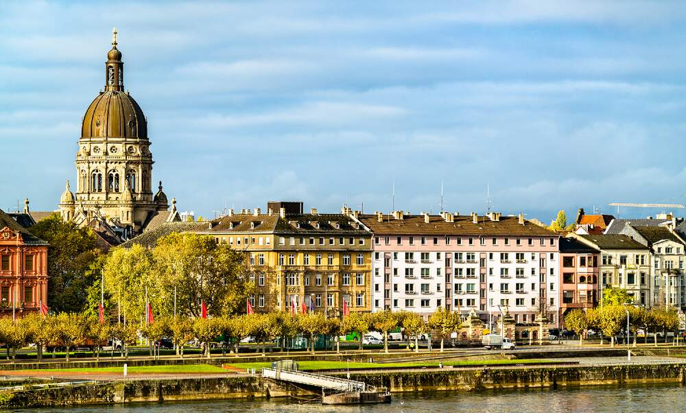 Several German states introduce internal travel restrictions