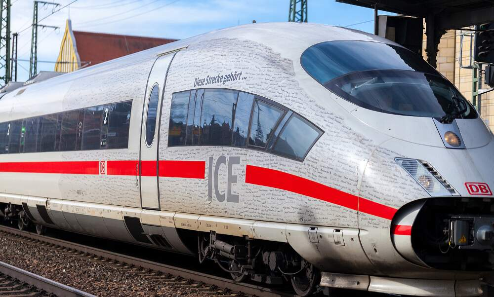 Deutsche Bahn's new trains should improve mobile phone coverage