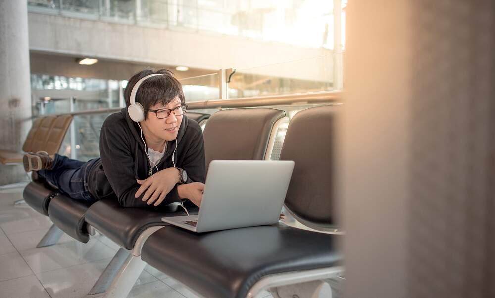 Do digital nomads need work visas?