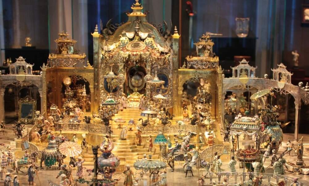 Up to 1 billion euros of treasures stolen from Dresden museum