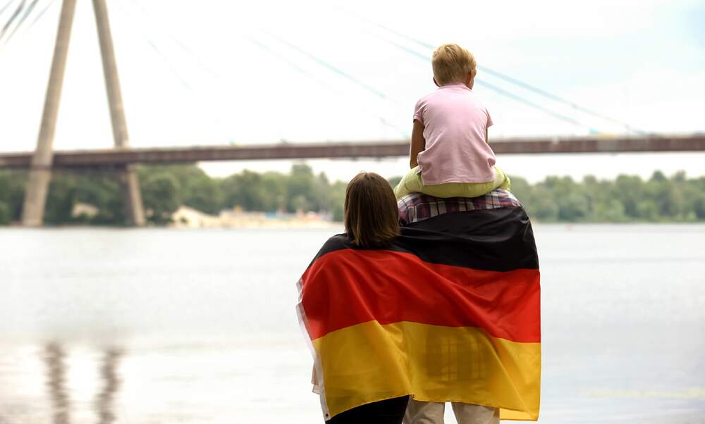 Steep rise in number of people granted German citizenship in 2019