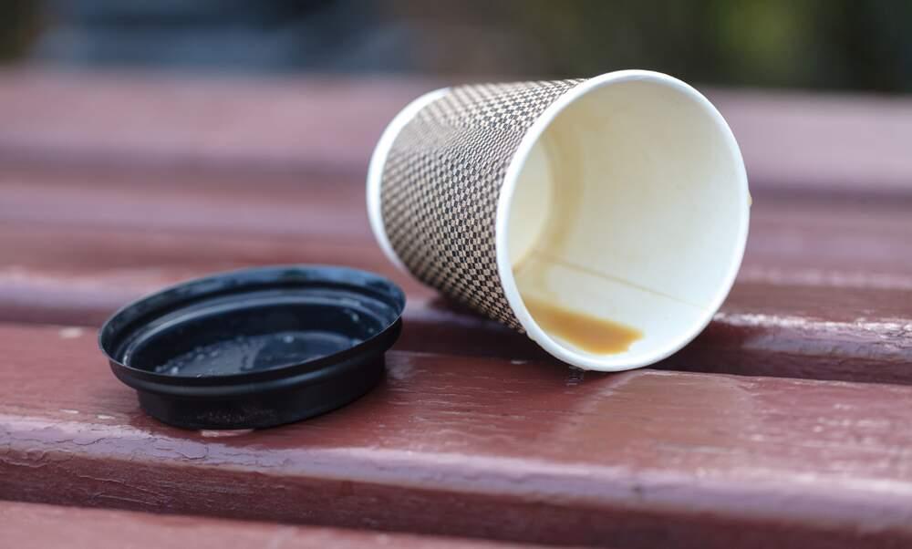 Frankfurt plans coffee cup deposit scheme to reduce waste