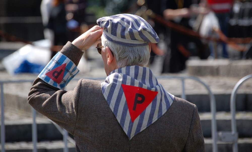 Holocaust survivors' spouses to receive compensation from Germany