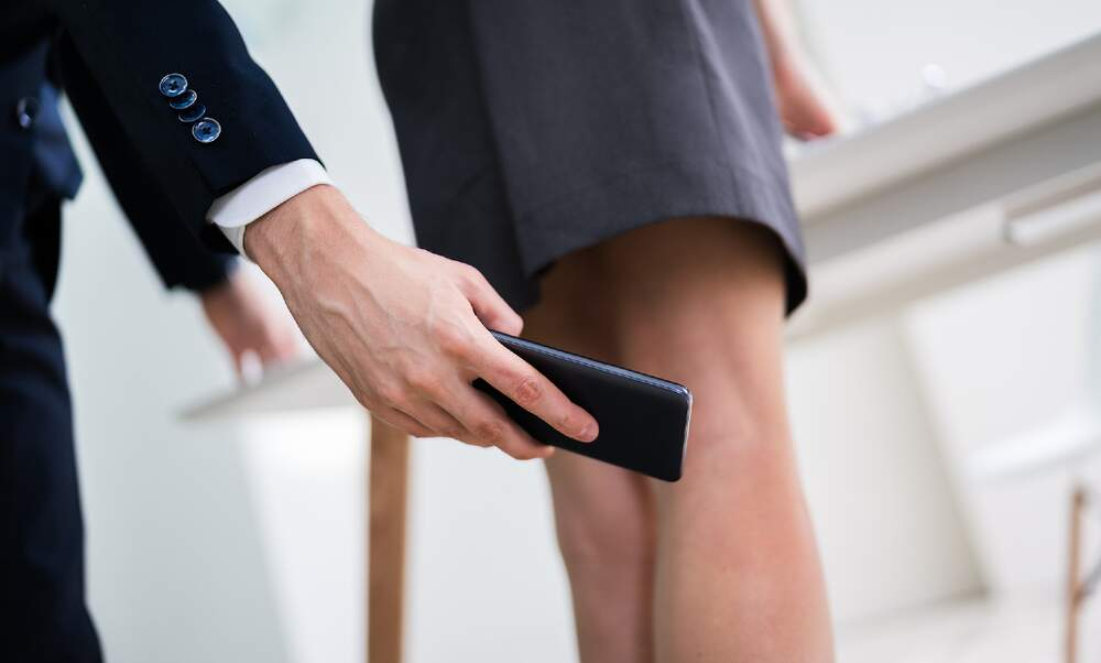 Upskirting and photographing accidents now criminal offences in Germany