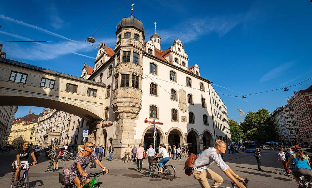 Munich makes masks compulsory in public spaces