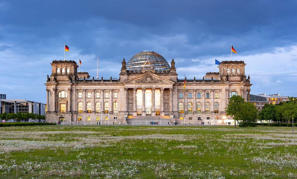 Poll reveals low support for new CDU leader as chancellor