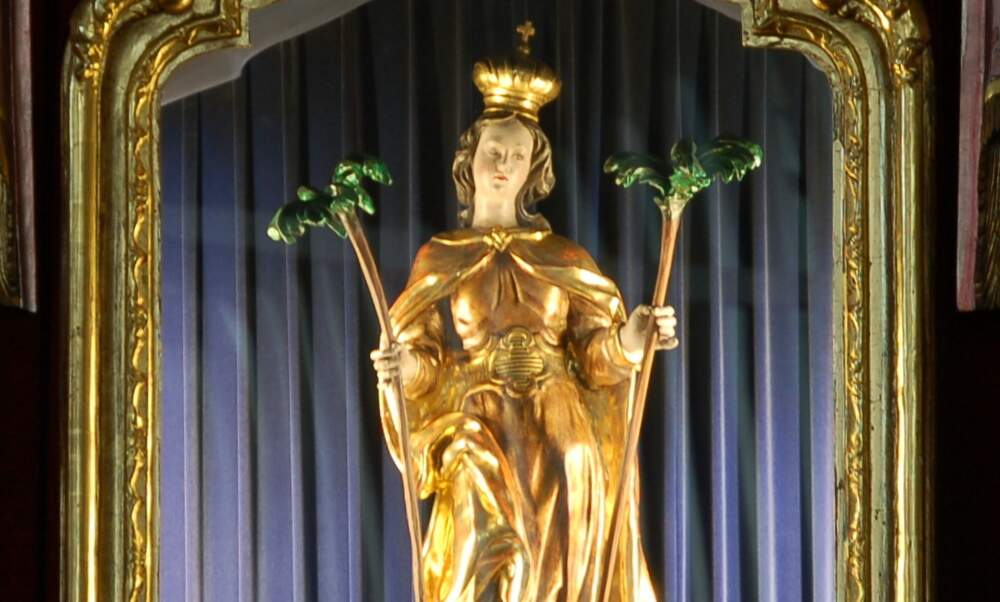 Who was Saint Corona and why are people asking for her help?