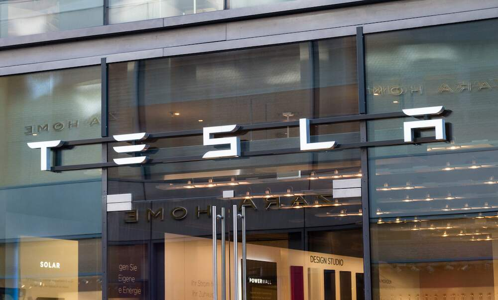 "Major delays expected for Tesla's ""Gigafactory"" in Berlin"