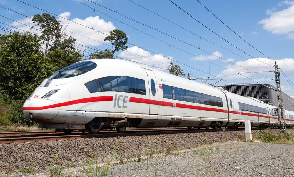A train every 30 minutes: Deutsche Bahn's new plans
