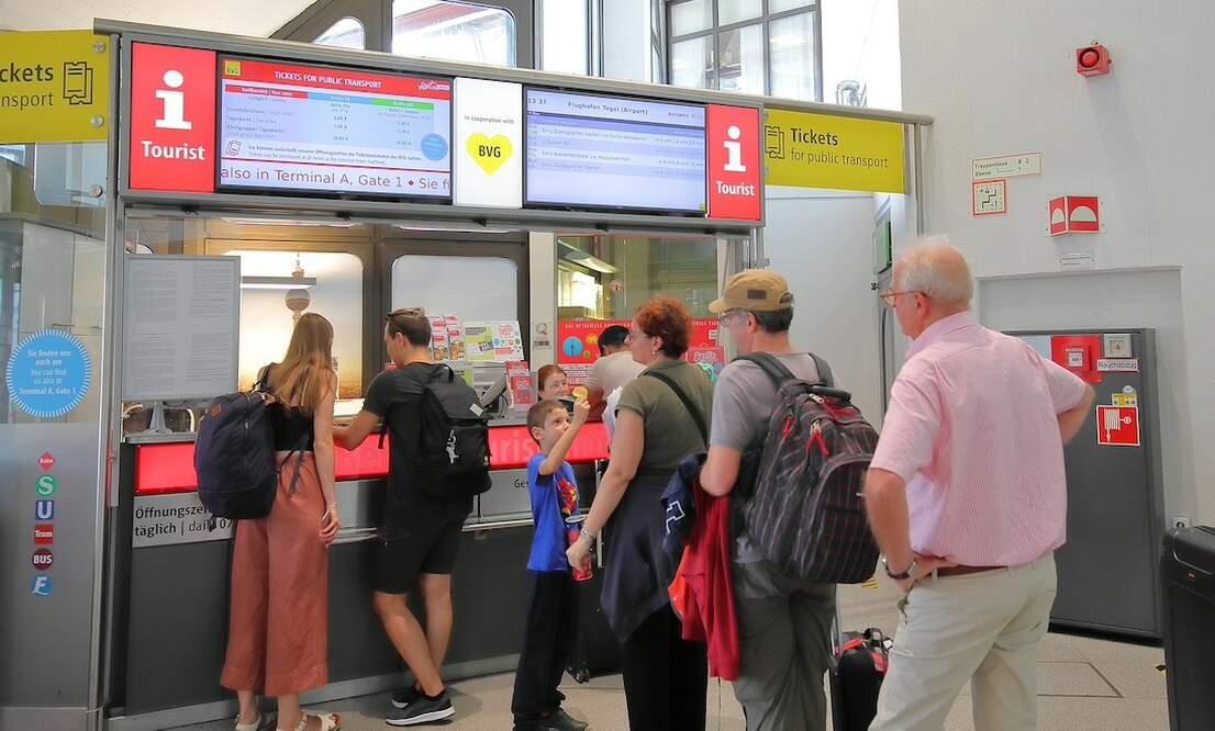 Stuttgart offering coronavirus vaccine to travellers at airport