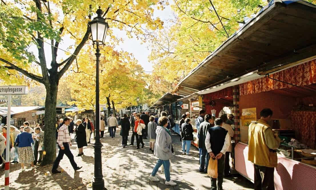 Kirchweihdult - Autumn Auer Dult Fair Munich