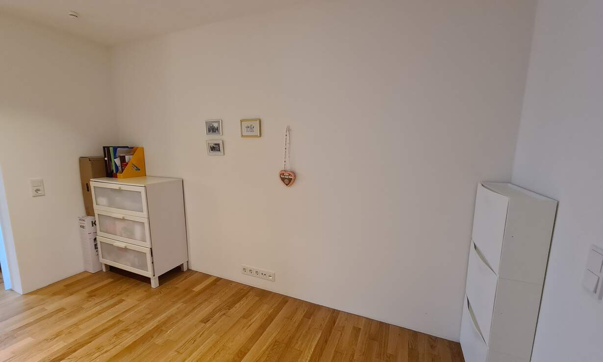 Fully furnished 2,5-room apartment in a 7-minute walk from U-Bahn - Upload photos 6