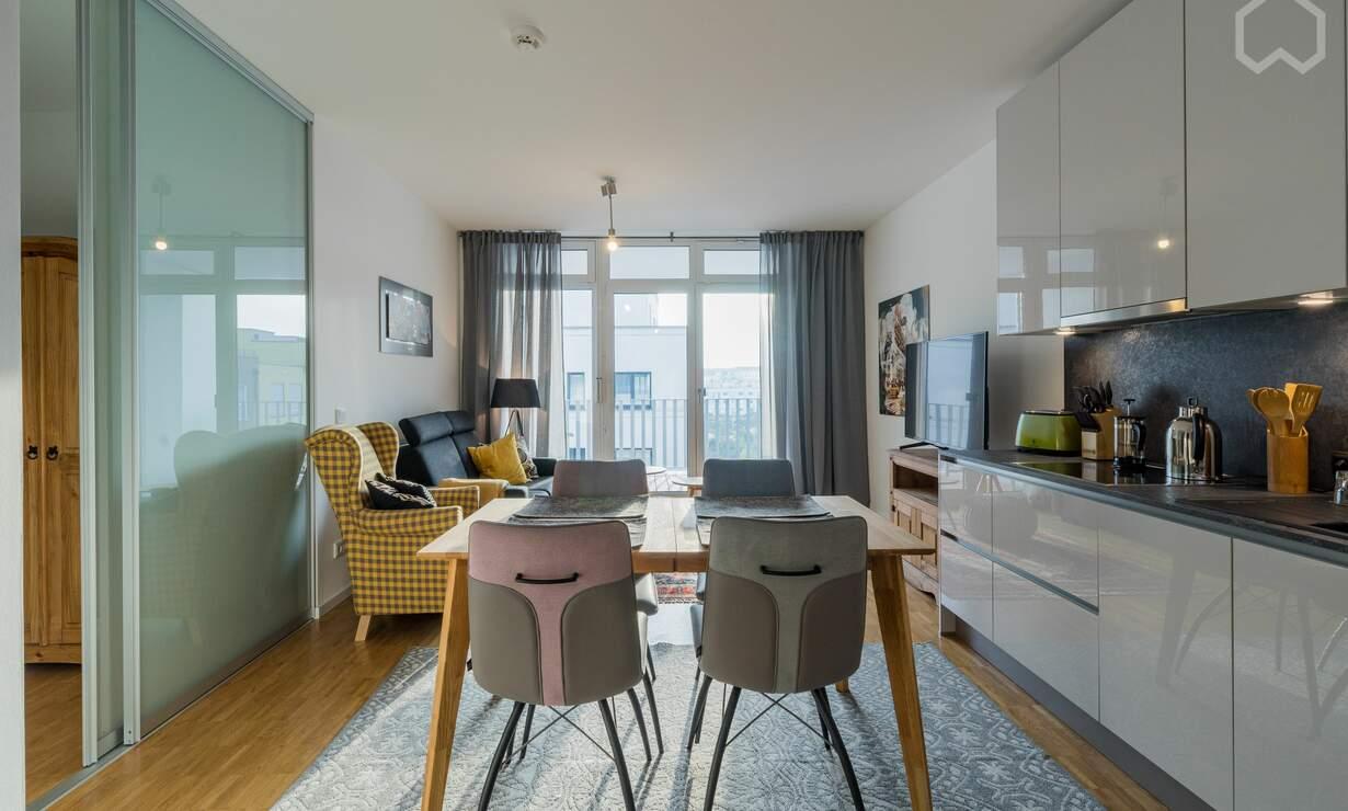 Urban living: Nice & spacious flat with car parking