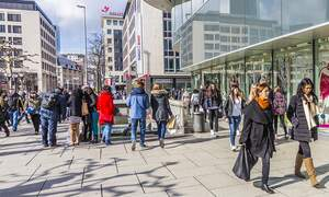 Population of Germany shrinks for first time in 10 years