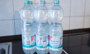Germans urged to ditch bottled water to protect the environment