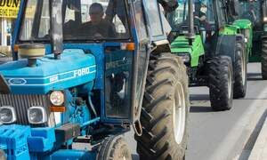 Streets blocked as German farmers stage nationwide tractor protest