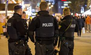 "Police raid ""Islamists"" suspected of plotting attack in Germany"