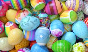 [Video] How to make German painted Easter eggs at home