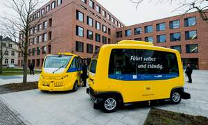 Berlin's little yellow driverless bus is back!