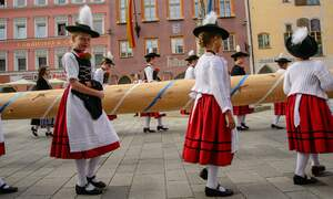 Ways to celebrate May Day in Germany