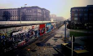 [Video] The rise and fall of the Berlin wall