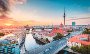 [Video] Stunning drone footage of Berlin from above