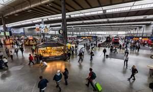 Deutsche Bahn forget to change the clocks at Munich Hauptbahnhof