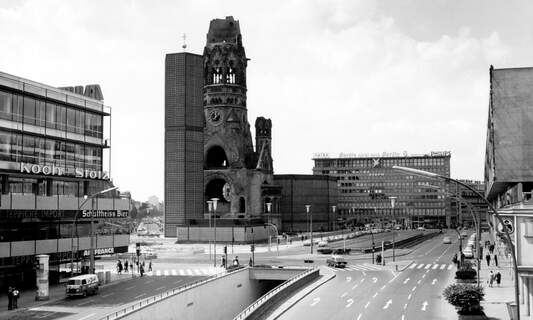 1000x Berlin: Discover 100 years of history in a new online portal