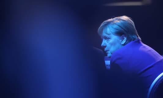 Merkel unexpectedly holds new coronavirus summit with federal states