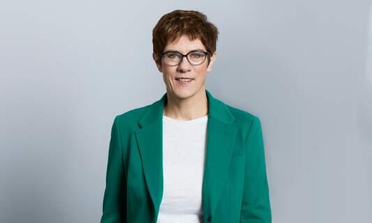 Annegret Kramp-Karrenbauer will not stand for chancellor