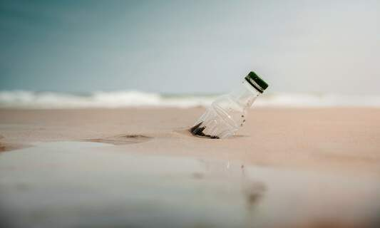 [Video] German photographer captures devastating effect of plastic on our oceans
