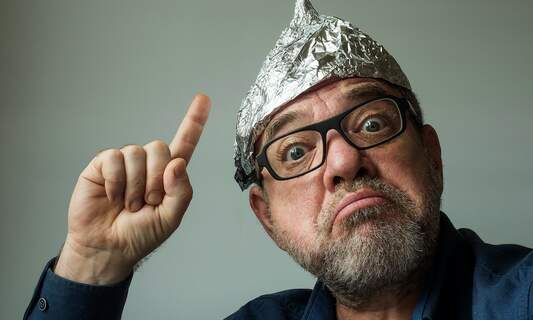 Poll reveals that a third of Germans believe in conspiracy theories