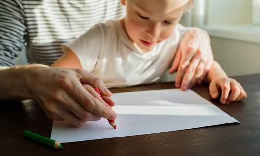 Kinderkrankengeld: How parents in Germany can take paid time off to care for kids