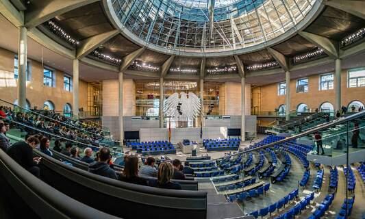 Monday's coronavirus summit postponed as German states debate best course