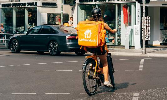 Lieferando to expand into supermarket shopping delivery in Germany