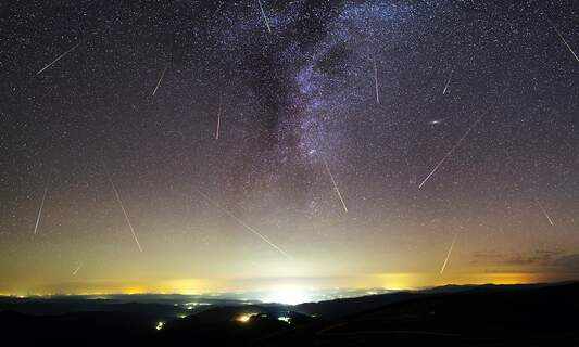 Catch the spectacular Lyrid meteor shower in Germany this week