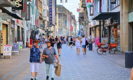 Germany urged to hand out 500-euro shopping vouchers to kickstart economy