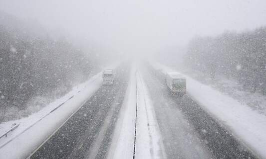 Extreme weather causes chaos on German autobahn