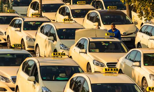 Berlin taxi drivers to strike again today