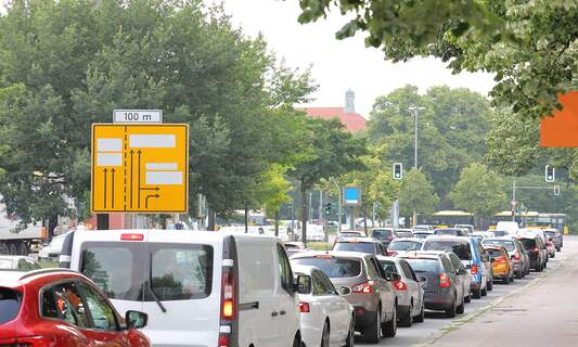 Hamburg retains title as Germany's traffic jam capital